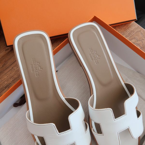 Hermès Oran Sandals Review